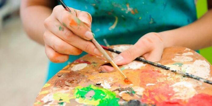 Farkındalık Esasli Sanat Terapisi MBAT Nedir, Kullanıldığı Alanlar Nelerdir?